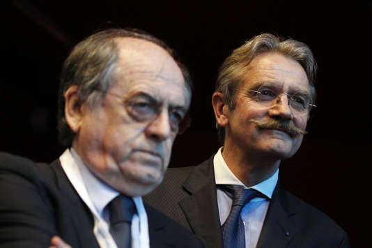 A droite, le président de la Ligue de football professsionnel (LFP), Frédéric Thiriez, au côté du président de la Fédération française de football (FFF), Noël Le Gräet.
