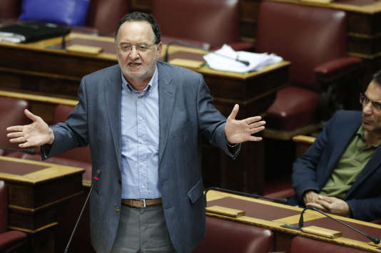 Panagiotis Lafazanis dirigera le parti Unité populaire, qui rassemblera une partie des anciens députés du parti Syriza opposés au nouveau plan d'aide négocié entre Athènes et ses créanciers.