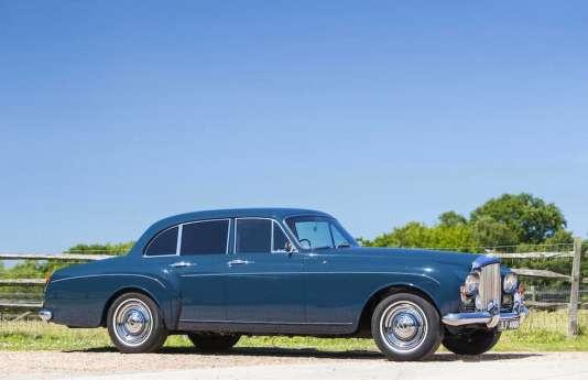 Blue Lena, la Bentley S3 Continental Flying Spur 1965 qui a appartenu à Keith Richards, sera vendue aux enchères de Bonhams durant la semaine du Goodwood Revival, le 12 septembre 2015.