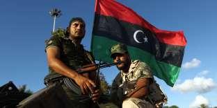 Des troupes lybiennes, loyale àKhalifa Haftar, en août 2015 à Benghazi.