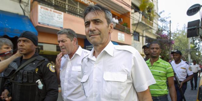 Pascal Fauret et Bruno Odos, pilote et copilote du vol surnommé «Air cocaïne», à Saint-Domingue, en avril2014.