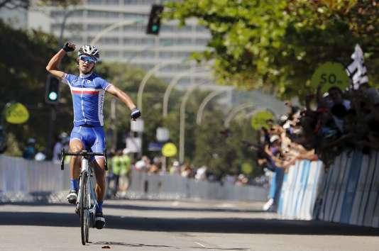 Le cycliste français Alexis Vuillermoz, vainqueur de l'International Road Cycling Challenge à Rio de Janeiro, le 16 août 2015.