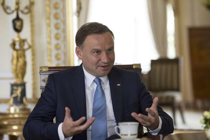 Le président polonais, Andrzej Duda, le 14 août, lors d'une interview accordée à l'agence Reuters.