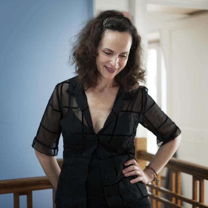 Rose, l'héroïne de « Ce cœur changeant », d'Agnès Desarthe (photo), ne connaît de la vie que ce qu'elle en a lu, Shakespeare, Dumas. Et la vie l'emporte. Exaltant.