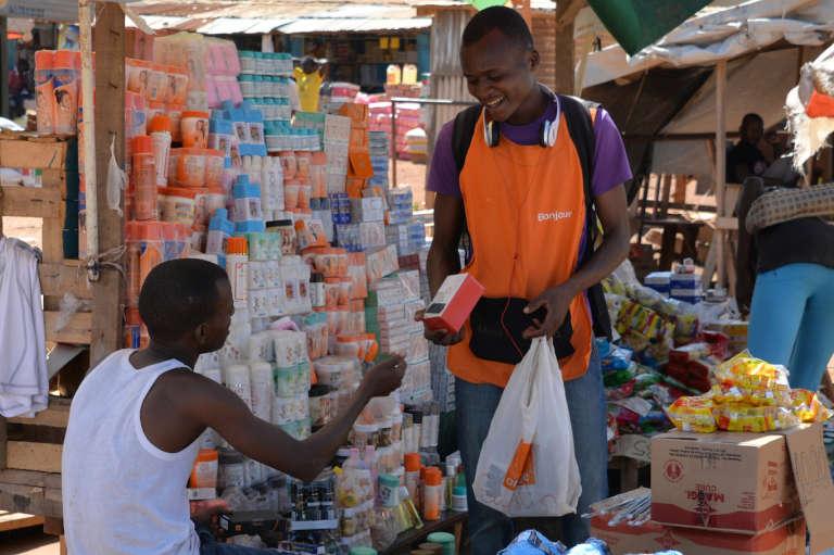 Les prix augmentent et le risque de pénurie se fait sentir sur les marchés de Bangui avec le refus des transporteurs routiers camerounais de desservir la capitale.