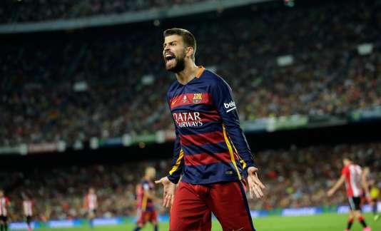 Gerard Piqué a été suspendu pour quatre rencontres à la suite d'insultes proférées à l'encontre d'un arbitre lundi en Supercoupe d'Espagne.