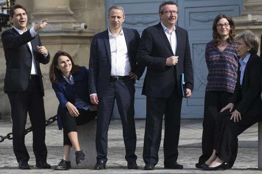 """Une partie des socialistes """"frondeurs"""" à Paris le 11 mai 2015."""