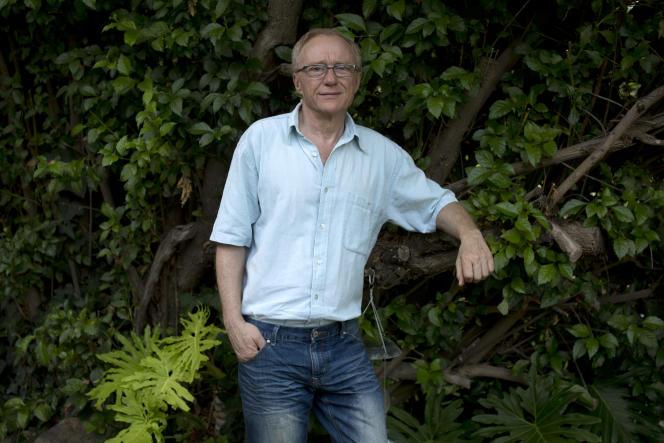 L'écrivain israélien (photo, chez lui en juillet 2015), rencontré à Jérusalem, où il vit, évoque son travail, la mort de son fils à l'armée, en 2006, et le devoir de ses pairs.