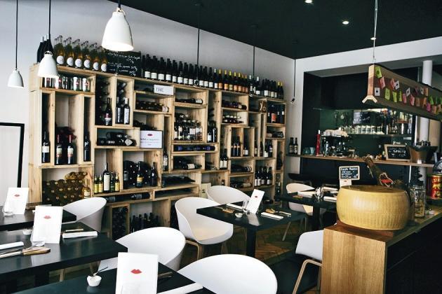 Bocca Rossa, une trattoria du 5e arrondissement, décline aperitivo et même brunch à l'italienne.