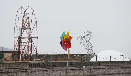 Vue d'ensemble du parc d'attractions conçu par Banksy à Weston-super-Mare, en Angleterre, le 19 août.