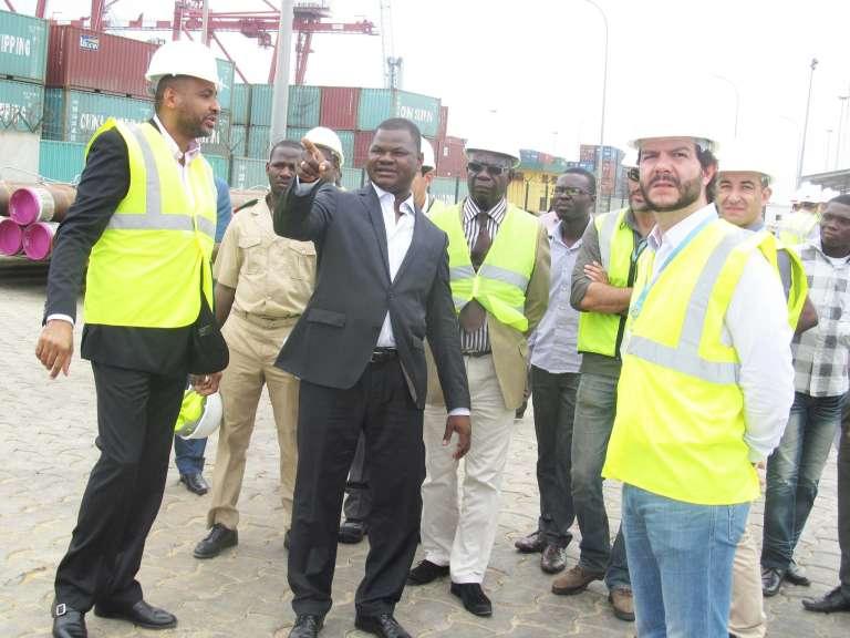 Barthélémy Kassa avait été contraint à démissionner de son poste de ministre de l'eau et de l'énergie au Bénin, après des accusations de détournement de 4 millions d'euros d'aide publique néerlandaise au détriment d'un programme d'aménagement hydraulique.