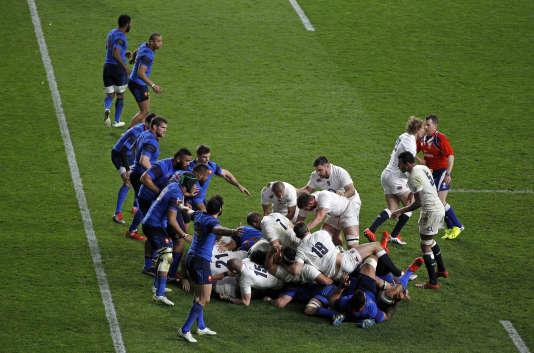 21 mars 2015 à Twickenham, Tournoi des six nations. Pluie d'essais  (55-35) et record de points encaissés par les Français face aux Anglais.