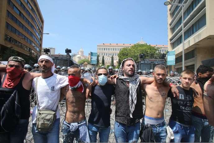 Lors d'une manifestation à Beyrouth, le 23 août.