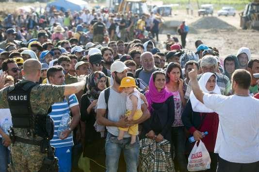 Des réfugiés à Gevgelija, en Macédoine dimanche 23 août.