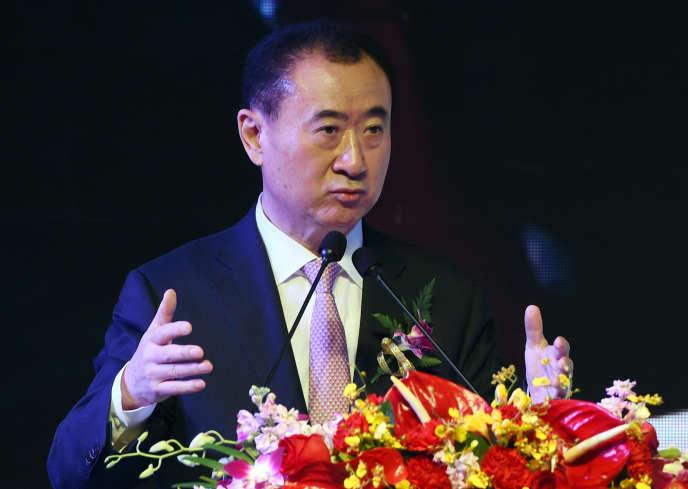 M. Wang, président et fondateur du groupe Dalian Wanda, spécialisé dans l'immobilier et le divertissement, a perdu plus de 10 % de sa fortune lors du krach boursier de lundi.