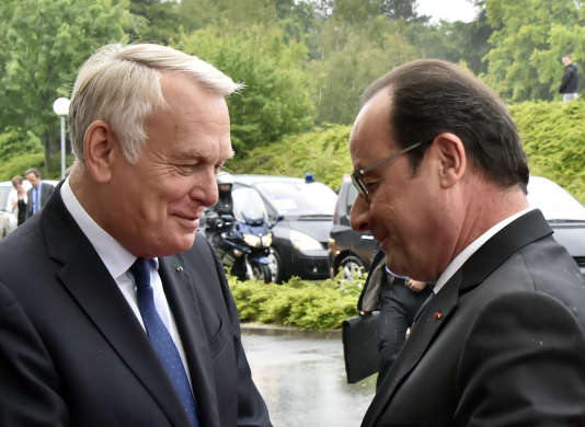 Jean-Marc Ayrault et François Hollande, à Nantes, en juin 2015.