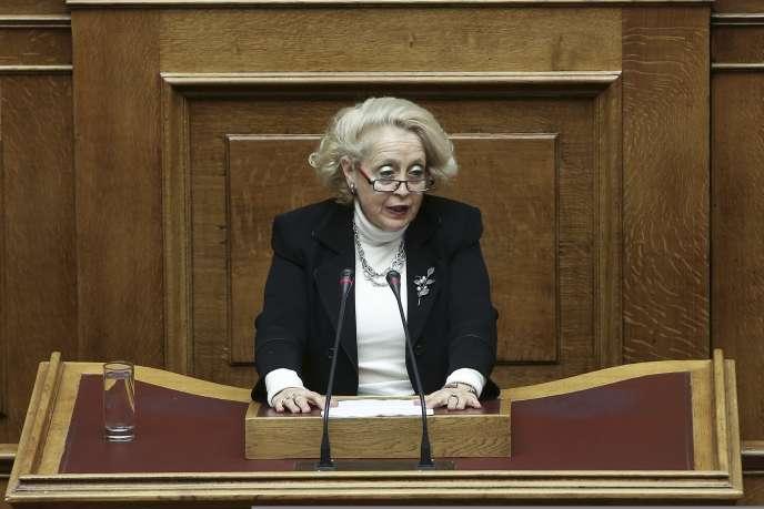 Vassiliki Thanou-Christophilou sera chargée de diriger le gouvernement intérimaire qui va gérer les affaires courantes jusqu'aux élections législatives.