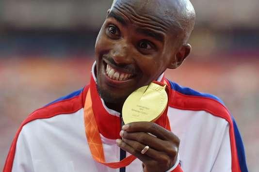 Le Britannique Mo Farah après sa victoire sur 10000 m aux Mondiaux de Pékin, dimanche 23 août.