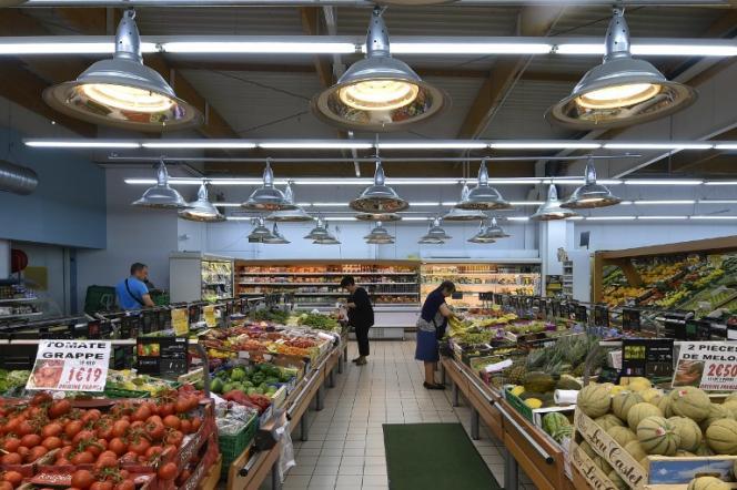 Les distributeurs ont signé jeudi 27 août une convention interdisant la destruction d'invendus consommables.