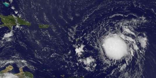 La tempête tropicale Erika vue par un satellite de la NASA, le 26 août.