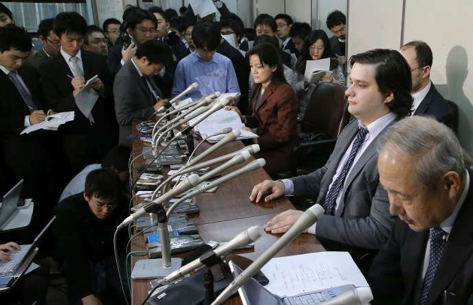 Mark Karpelès lors dune conférence de presse à Tokyo.