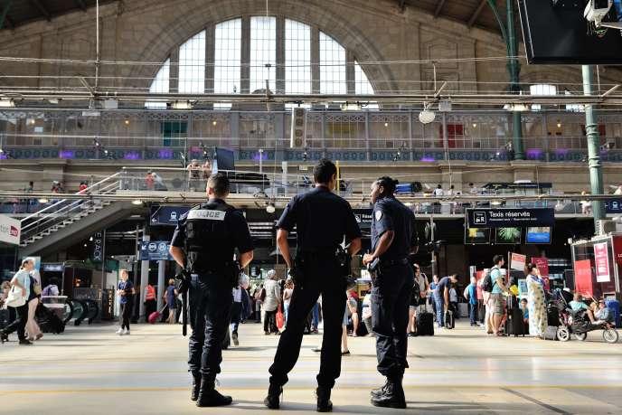 Patrouille de police àla gare du Nord, à Paris, le22août.
