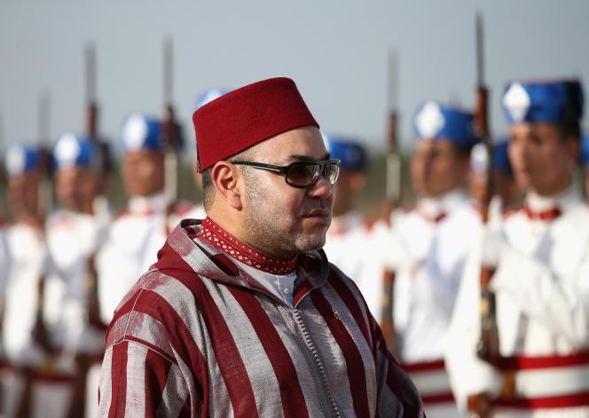 En l'échange de trois millions d'euros, les deux journalistes auraient accepté de ne pas publier un ouvrage à charge contre le roi du Maroc.