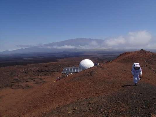 Les astronautes vont passer un an enfermés sous ce dôme, posé sur une des îles d'Hawaï.