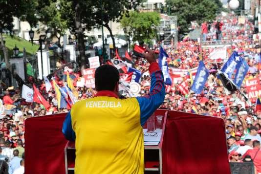 Le président du Venezuela Nicolas Maduro lors d'un discours devant ses partisans le 28 août.