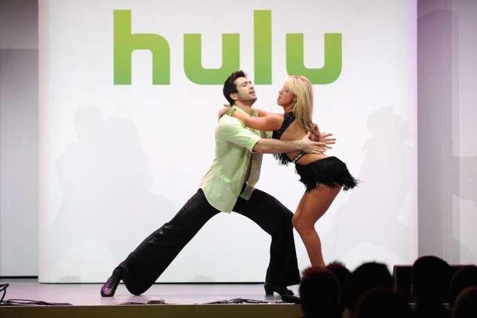 Le service spécialisé dans la diffusion d'émissions de télévision en ligne Hulu revendique plus de quatre millions d'utilisateurs (photo: Dmitry Chaplin and Chelsie Hightower).