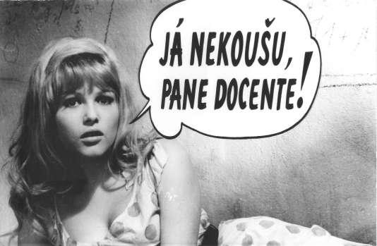 "Olga Schoberova dans le film tchécoslovaque de Vaclav Vorlicek, ""Qui veut tuer Jessie ?"" (""Kdo chce zabít Jessii ?"")."
