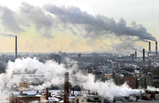 Pollution à  Saint- Petersburg en mars 2005.