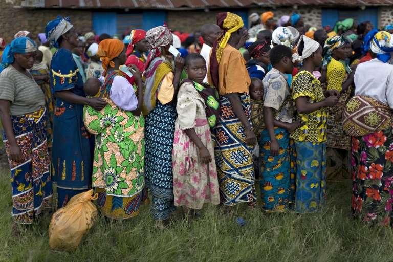 Des réfugiés du village de Ntamugenga en RDC, en novembre 2008.