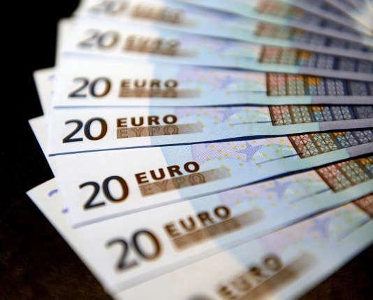 Le paiement en espèces concerne essentiellement les petits montants : d'après la Banque de France, le paiement moyen en liquide par Français se monte à 24,30 euros.