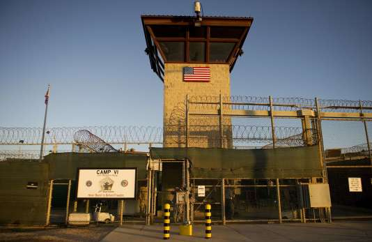 La prison américaine de Guantanamo, sur le sol cubain, en 2002.