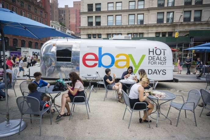 Une opération promotionnelle d'Ebay à New-York le 7 juillet 2015.