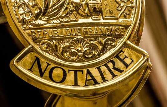 «Il est indispensable que l'un des associés signataires du pacte Dutreil ou l'un des donataires ou héritiers exerce une fonction de direction ou son activité professionnelle principale dans la société.»