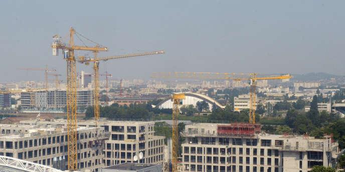 La Caisse des dépôts va constituer avec l'Etat une grande société foncière publique de l'aménagement et du logement.
