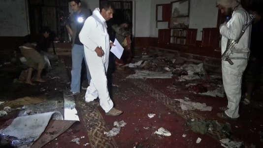 Un double attentat de l'Etat islamique à Sanaa a fait au moins vingt morts, le 2 septembre.
