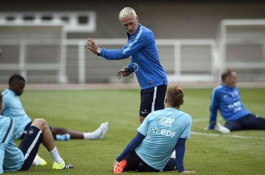 Séance d'entraînement pour les Bleus à Clairefontaine (Yvelines), sous la houlette de Didier Deschamps, le 2 septembre 2015.