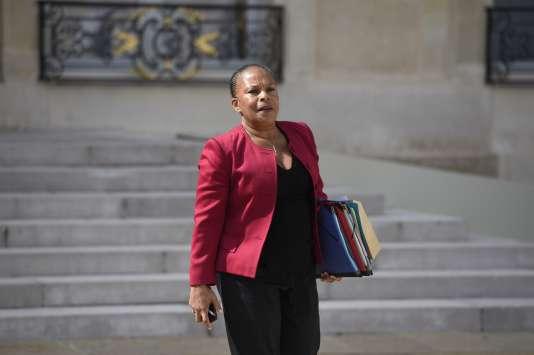 Christiane Taubira, la ministre de la justice, à la sortie du conseil des ministres, mercredi2septembre.