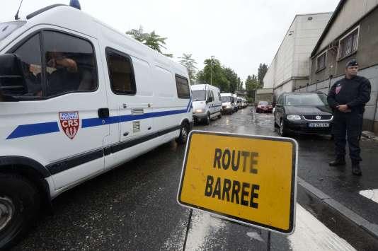 Evacuation du bidonville du Samaritain, à La Courneuve, l'un des plus vieux de France, le 27 août.