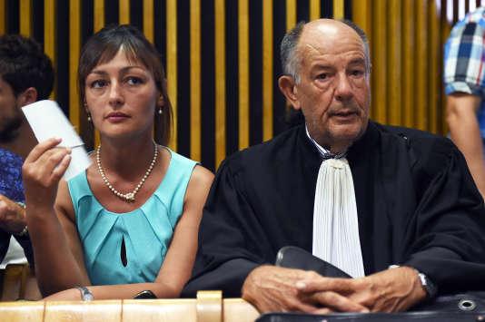 Sabrina Hout et son avocat Alain Lhote, le 1er septembre au tribunal de Marseille.
