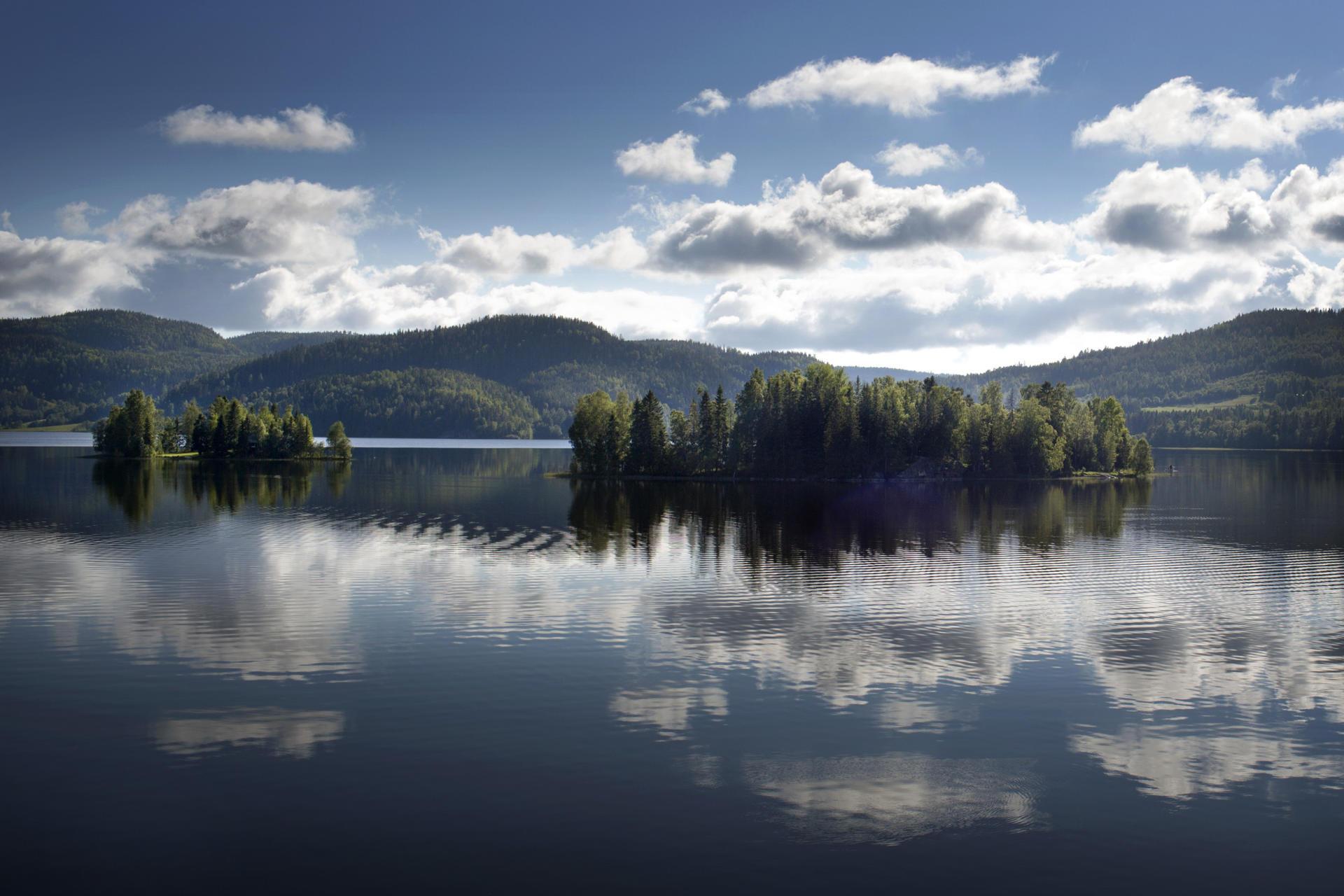 La région compte 52 villages et autant de lacs…
