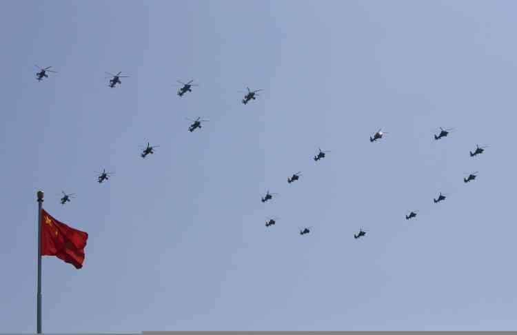 Pour le 70e anniversaire de la capitulation japonaise, le président XI a annoncé une réduction des effectifs de l'Armée populaire de libération (APL), la plus grande armée du monde, à hauteur de 300 000 hommes