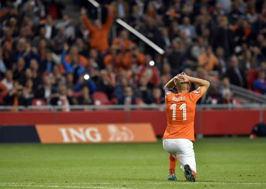 Arjen Robben peut se prendre la tête entre les mains, les Pays-Bas ont perdu de leur superbe dans les éliminatoires à l'Euro 2016.
