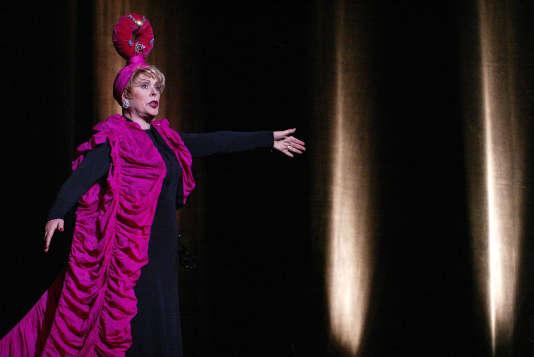 Sylvie Joly, le 27 mai 2002, au Théâtre du Palais-Royal, à Paris, lors d'un filage de son spectacle « Les Best of ».