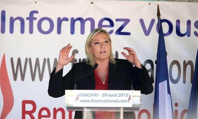 Marine Le Pen en août 2015 à Brachay.