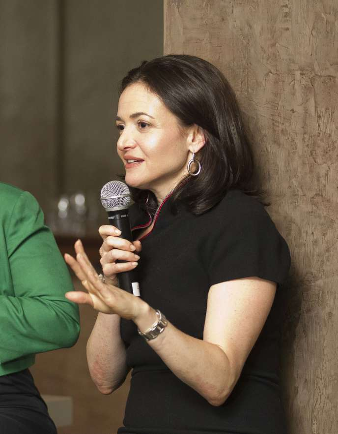 Cadre de Facebook, elle a déclenché avec la parution de son livre un vaste débat sur la place des femmes dans l'entreprise.