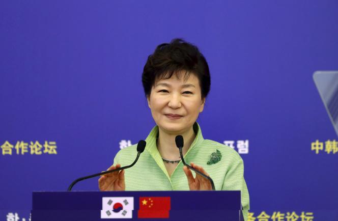 La président sud-coréenne, Park Geun-hye, ici, le 4 septembre, à Shanghaï, soutient le projet de téléphérique.